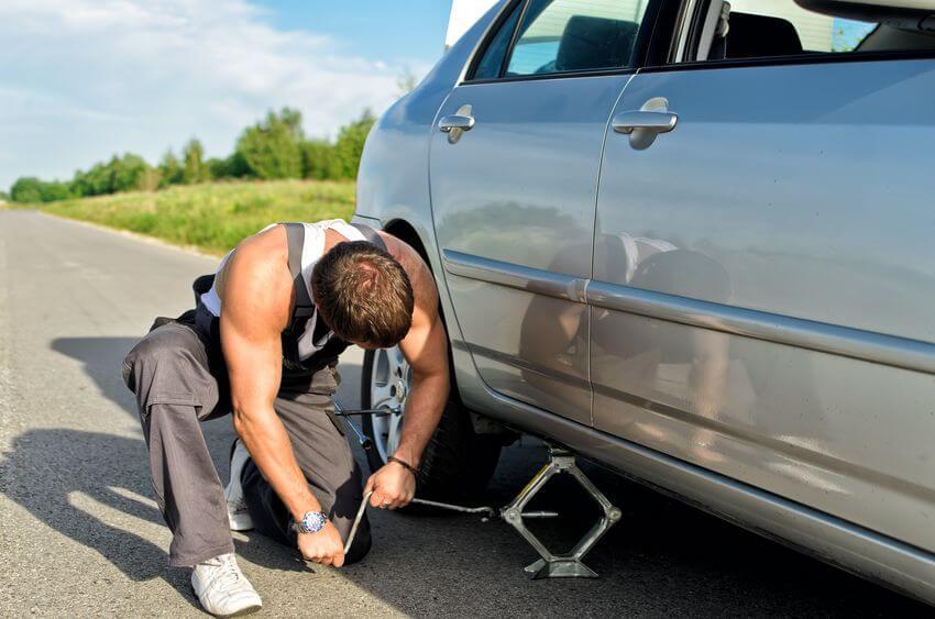 タイヤ交換を自分でやる方法