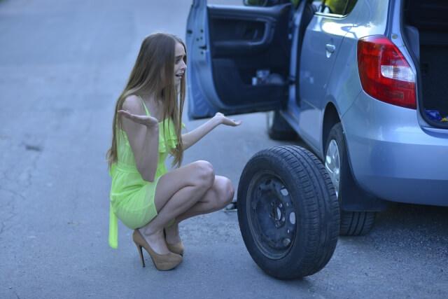 タイヤ交換の知識が無いと危険